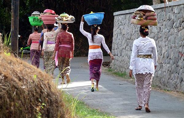 temple walk