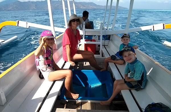 Gilli Meno Boat Cruise
