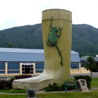 Big Boot, Tully