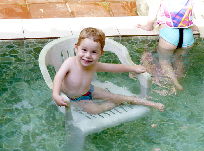 Jetson in the hotel pool