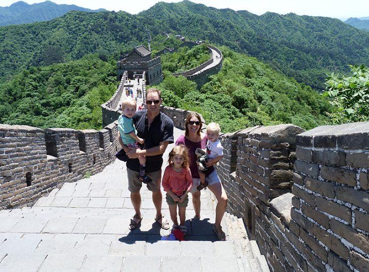 Great wall of china family photo