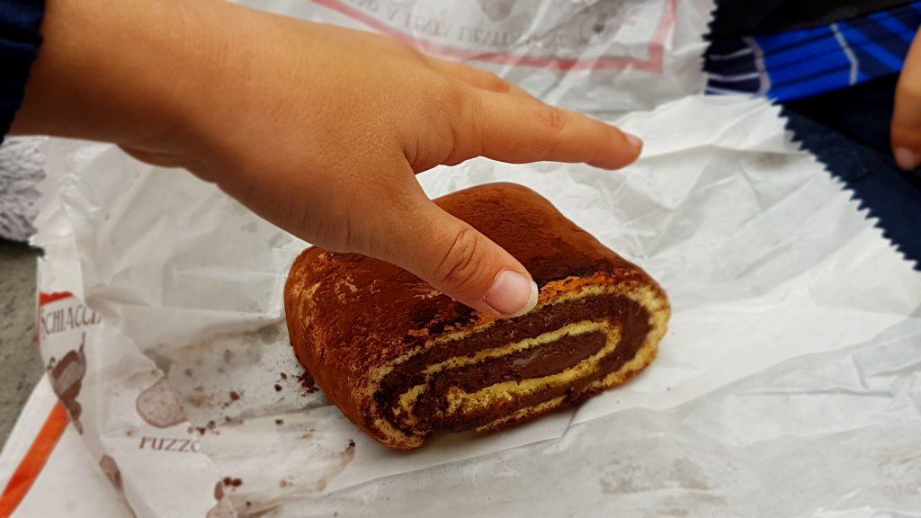 Chocolate rollo