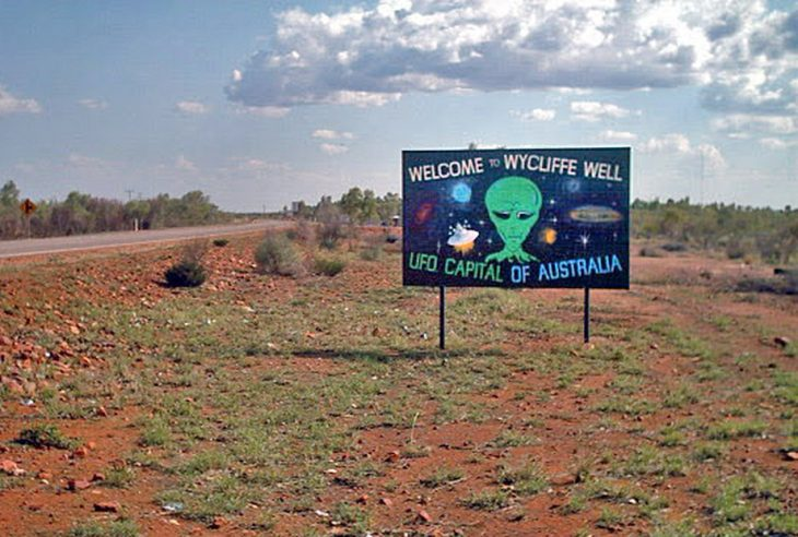Wycliffe Well in the Northern Territory