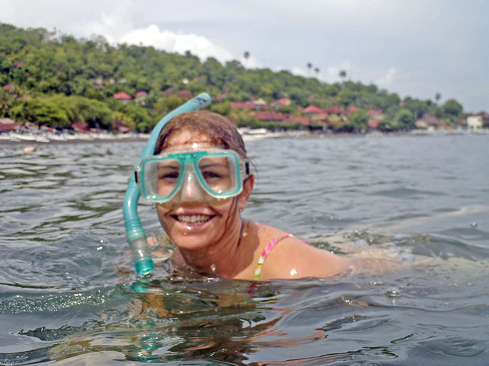 clare snorkelling amed bali