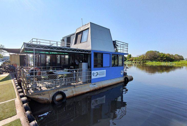 Corroboree Houseboat