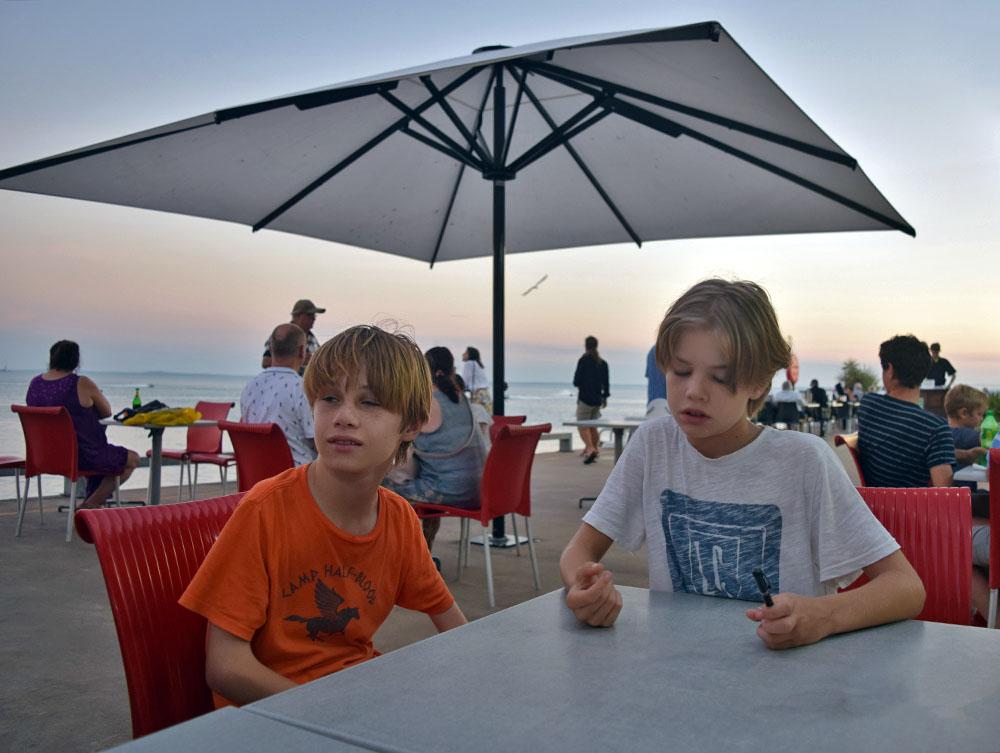 Sunset dinner - Stokes Hill Wharf
